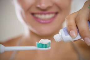 ¿Mucha pasta de dientes es mala?